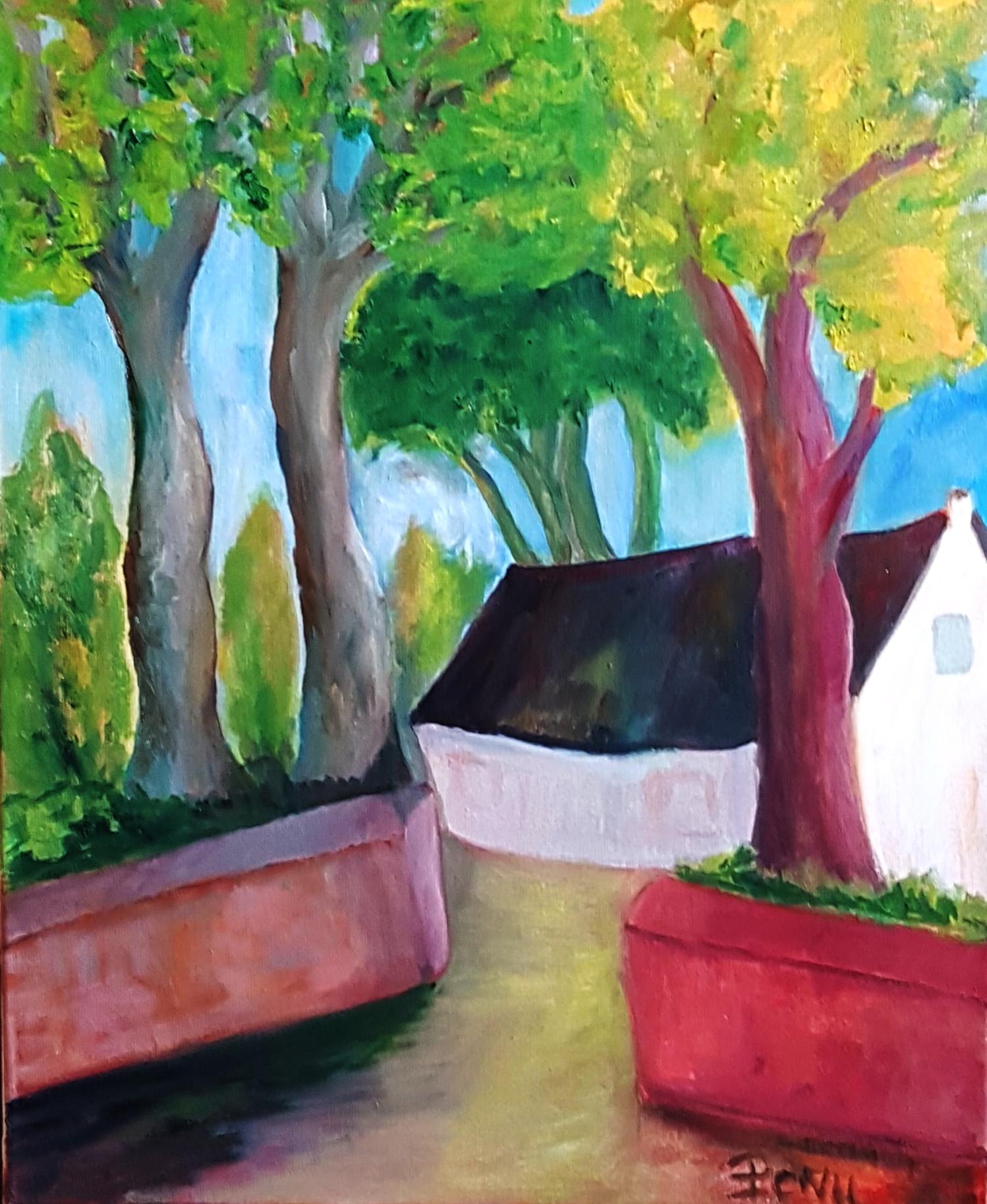 Petite maison entre les arbres